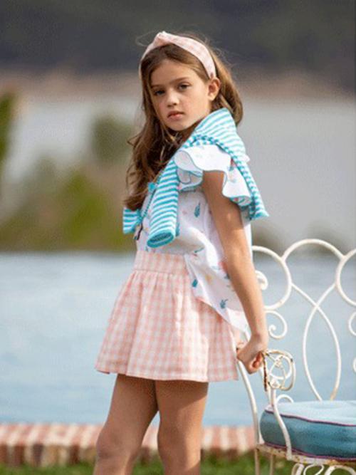 bluson tortuguitas y falda pantalon cuadros coral